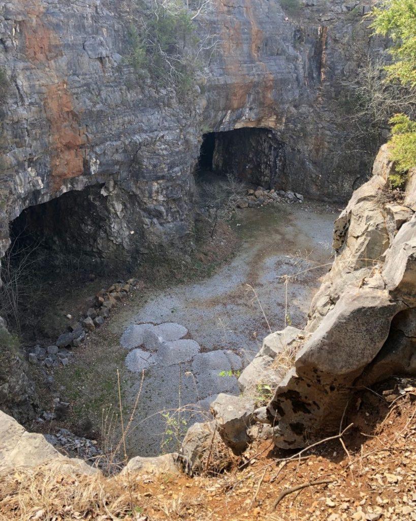 Image of Three Caves at Huntsville